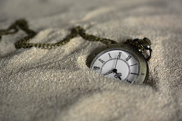 Pocket watch 3156771 640